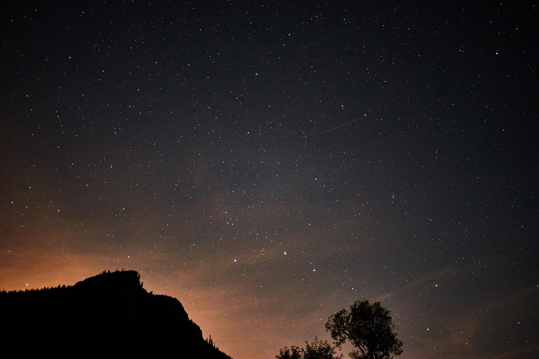 英仙座流星雨 (15 張圖)