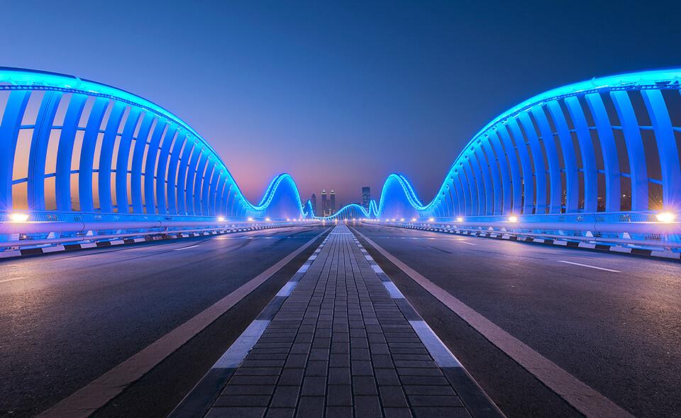 Meydan Bridge Dubai Fit For A Sheik Meydan Royal