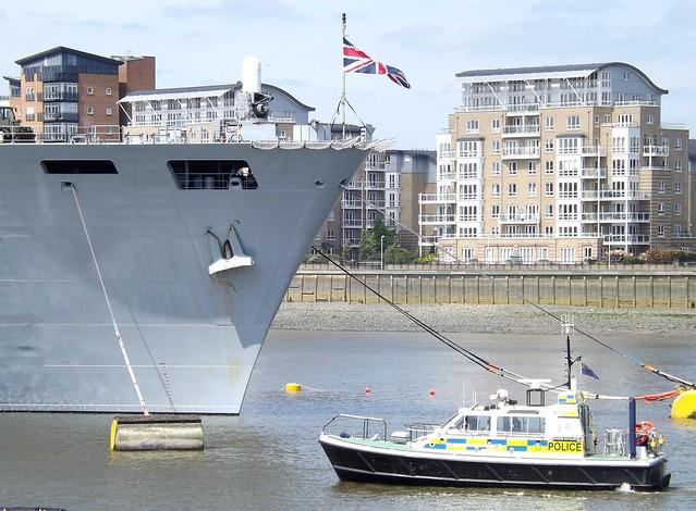 HMS Ocean + MDP Endeavour @ Greenwich 10-05-15