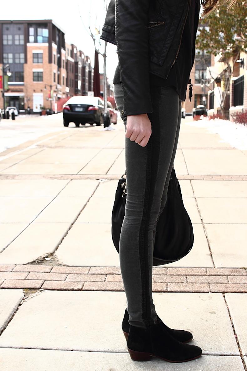 h&m-black-jeans
