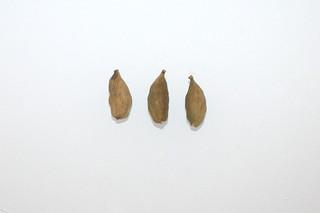 10 - Zutat Kardamom-Kapseln / Ingredient cardamom pods