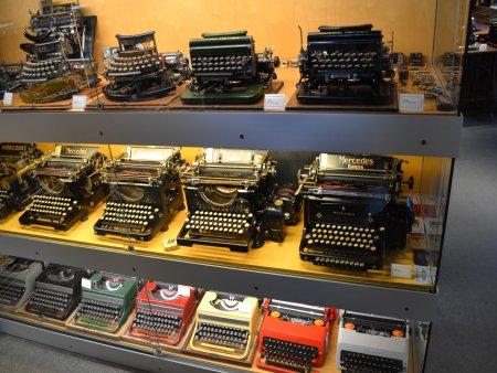 excursie de o zi din barcelona figueres muzeul tehnic 14