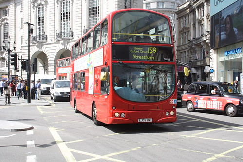 Arriva London South DW125 LJ05BNF