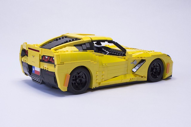 Lego Stingray Corvettes Capture All The Details The