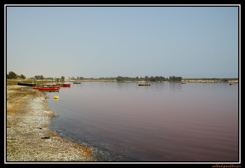Boats used for salt collection - Lac Rose - Pink Lake