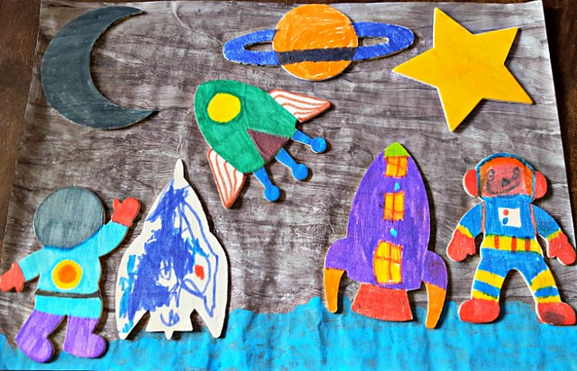 3D space picture, Baker Ross summer crafts