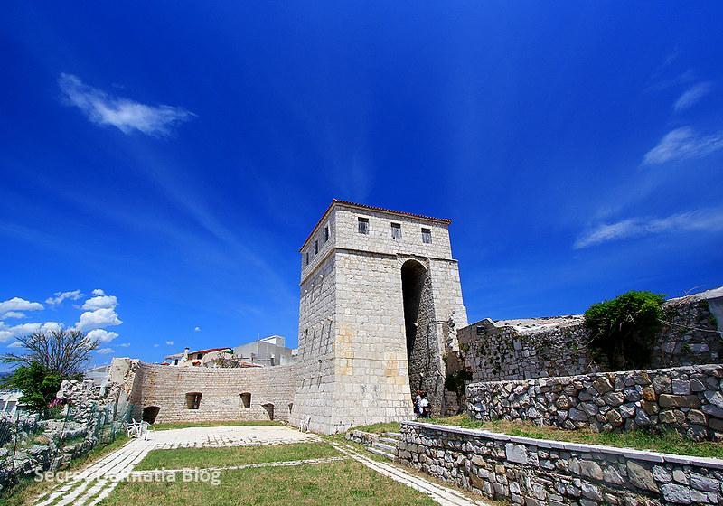 Skrivanat Tower
