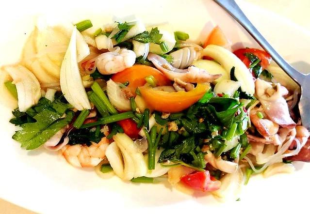 Flavours seafood glass noodles salad