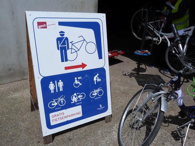Es muy fácil alquilar una bicicleta en Gante así como en toda la región de Flandes