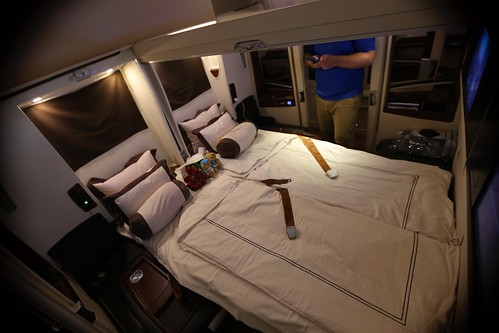 Singapore Suites First Class A380 | by Daniel Gillaspia