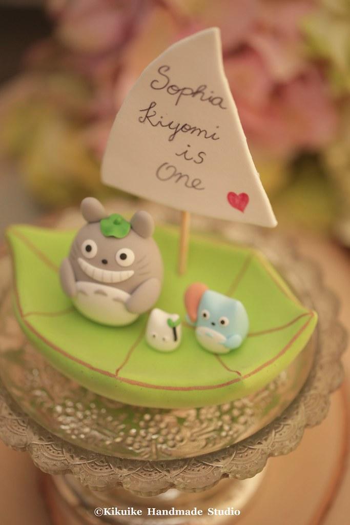 Totoro Wedding cake topper | www.facebook.com/pages/Kikuike-… | Flickr