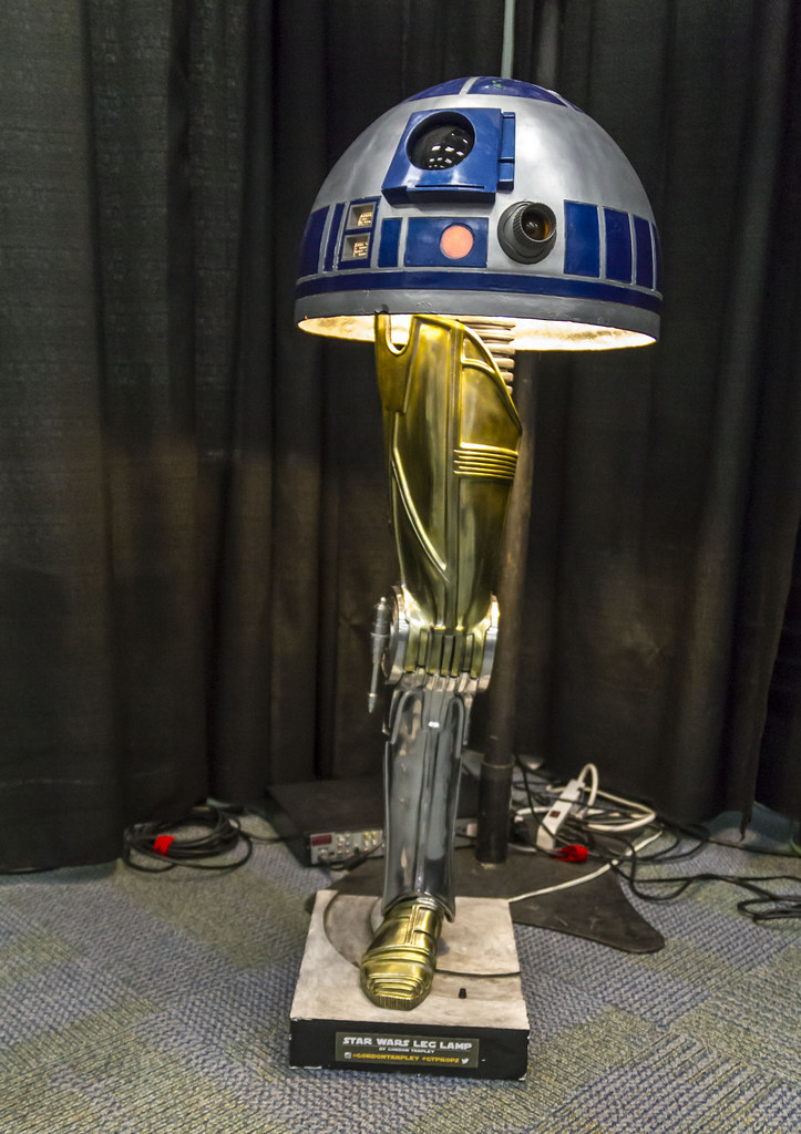 ... Star Wars Christmas Story Leg Lamp | By DaybreakDean.com