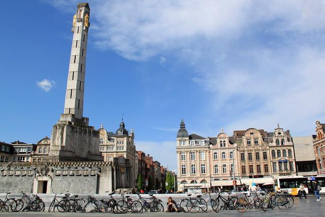 Martelarenplein met Vredesmonument - Leuven
