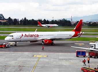 Avianca A321 pushback (RD)