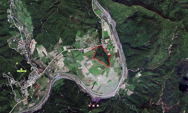 年代公司在四重溪流域沖積平原開發旅館基地空照圖。圖片來源:開發案環說書