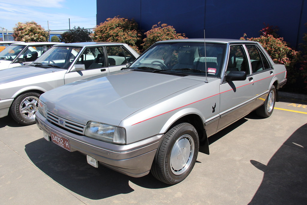 1985 ford xf falcon 25th anniversary sedan the xf falcon