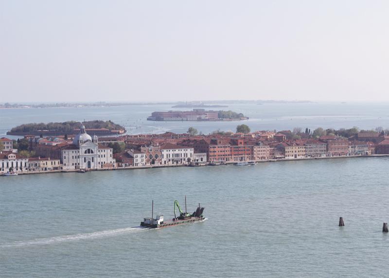 Venice on a sunny day, Bumpkin Betty