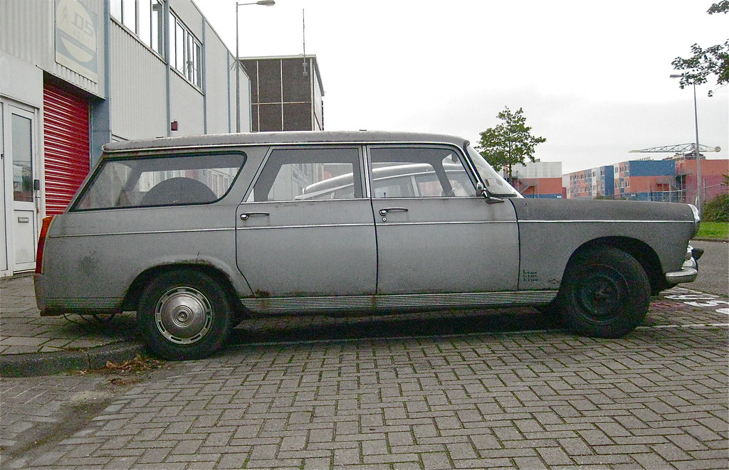 Peugeot Garage Amsterdam : Peugeot l break seen in good company at ds garageu flickr