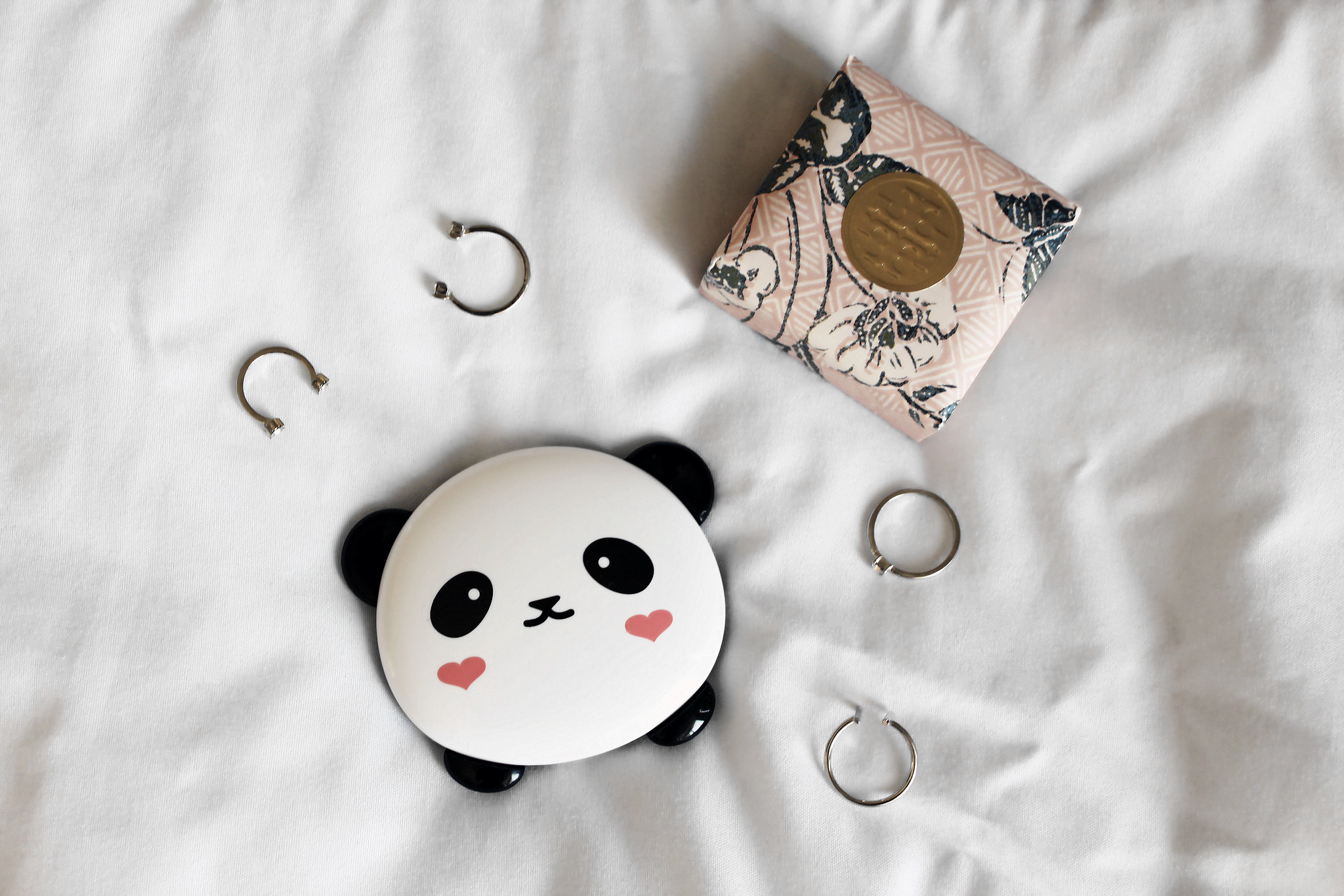 2751-tonymoly-pandas-dream-dual-lip-cheek-palette-korean-makeup