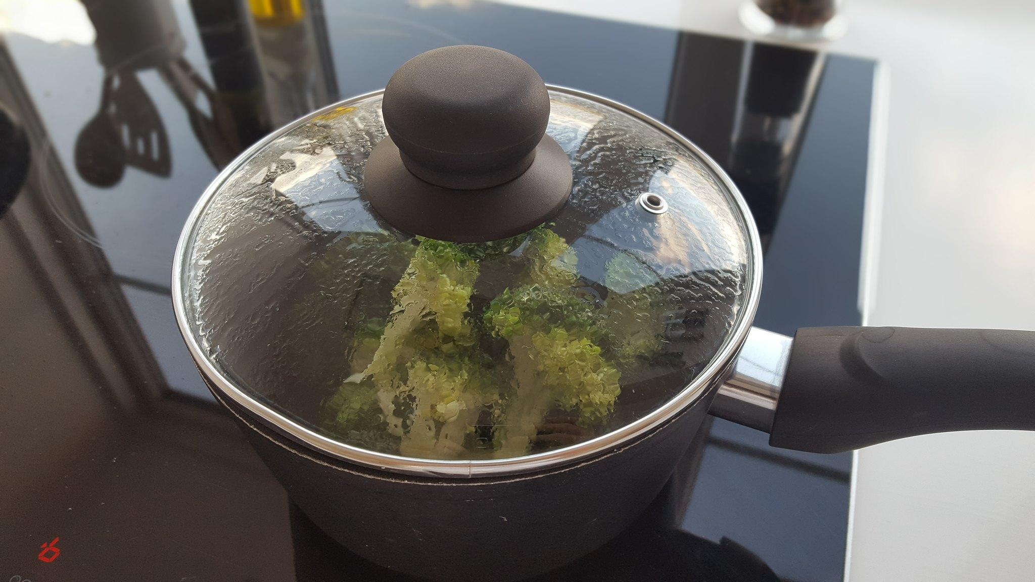 Recipe for Steamed broccoli