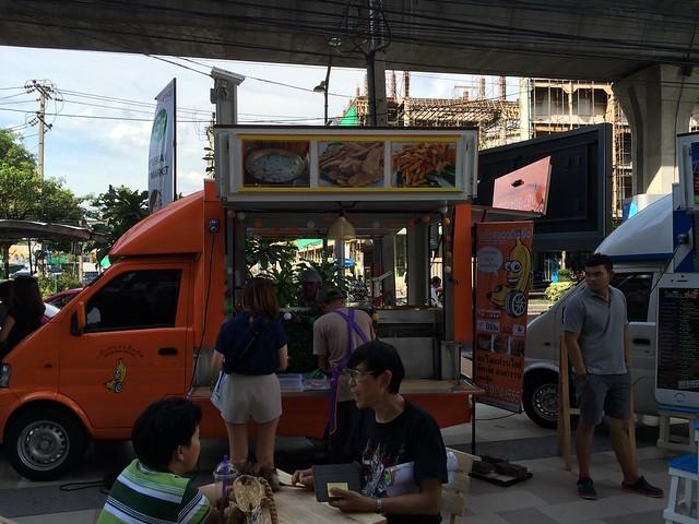 2015-05-01 Food truck BKK (6)