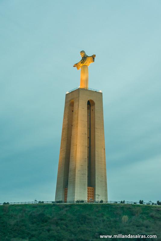 Llegando a Almada para disfrutar de las vistas desde el Cristo Rei