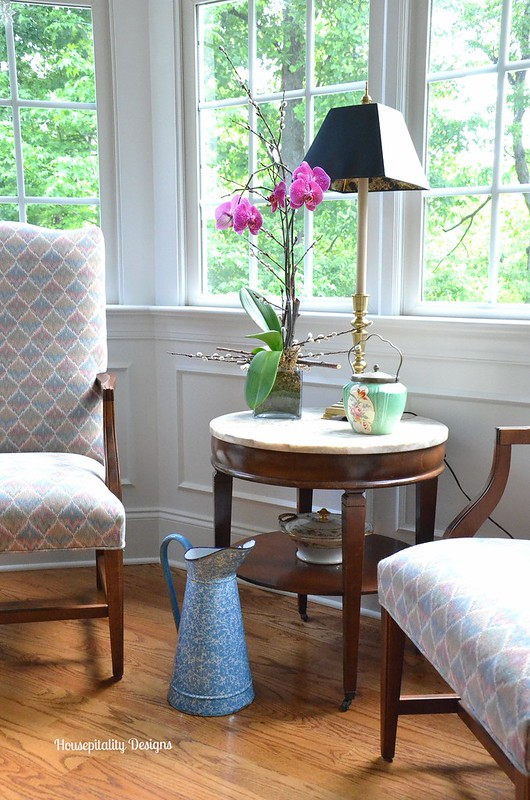 Dining Room Sitting Area-Housepitality Designs