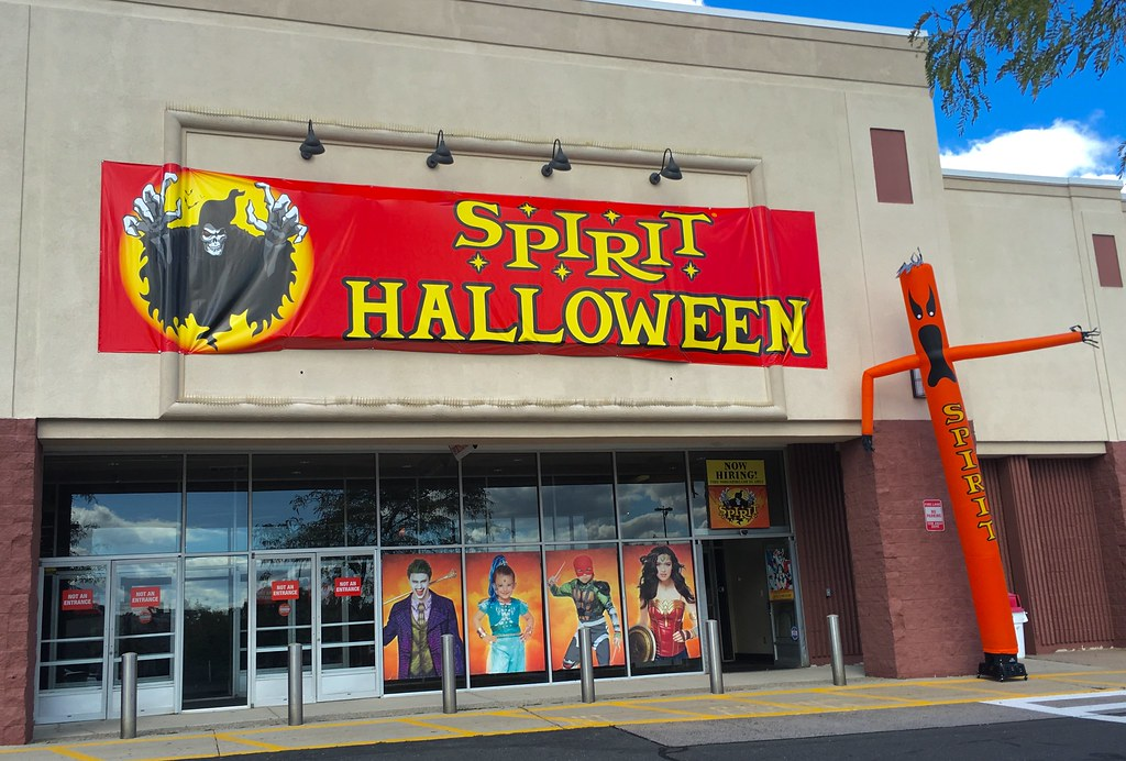spirit halloween shop 2016 former sports authority farmington ct pics by mike mozart - Spirit Halloween 2016