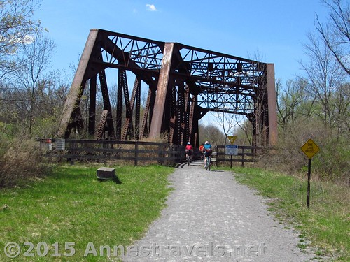 The train bridge right after Rochester Junction Park, Lehigh Valley Trail, New York