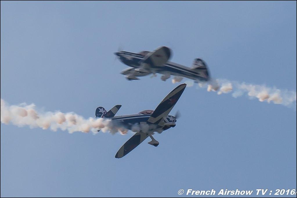 Cap Tens ,Patrouille CapTens , Cap 10 , heart , Grenoble Air show 2016 , Aerodrome du versoud , Aeroclub du dauphine, grenoble airshow 2016, Rhone Alpes