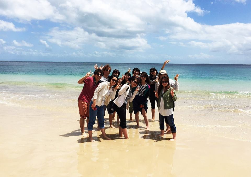 ICTE students on Moreton Island