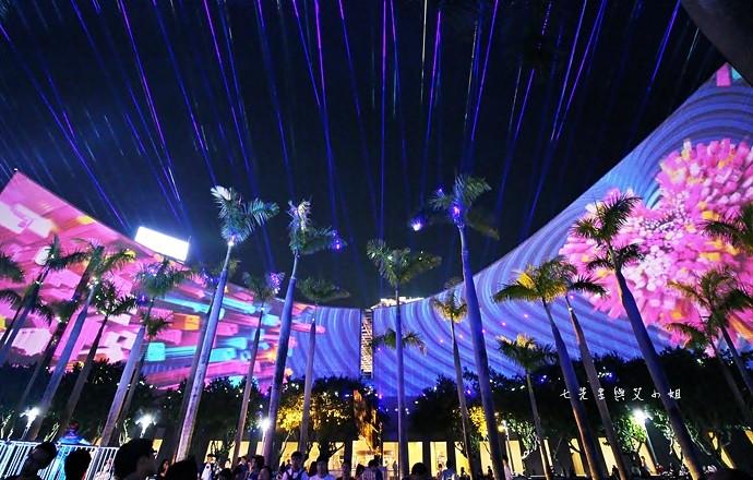 34 香港 閃躍維港 3D光雕匯演