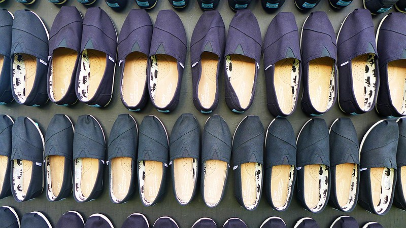 toms-shoes-without-shoes-28