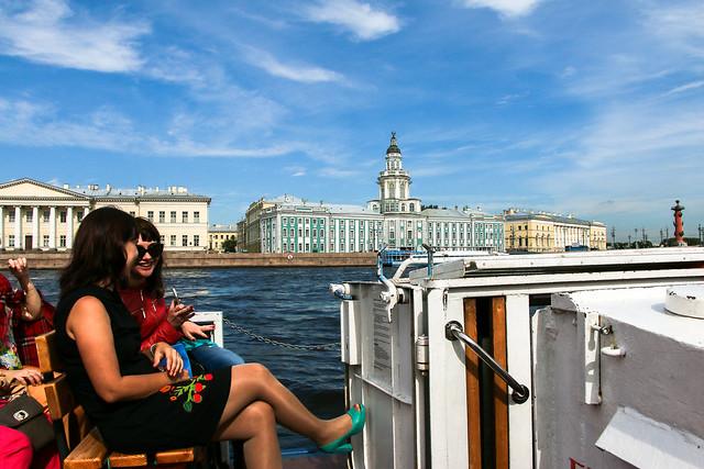 Very nice Neva river cruise in Saint Petersburg, Russia サンクトペテルブルク、ネヴァ川クルーズ船からの眺め