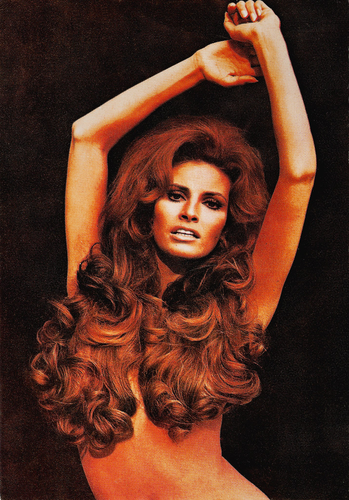 Raquel Welch  Spanish Postcard, No 11 This Weekend We -5498