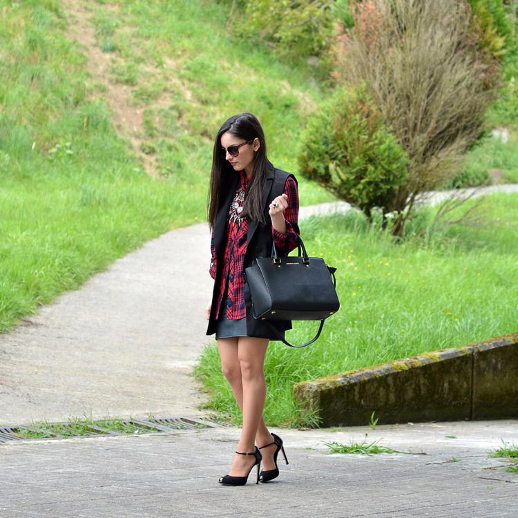 Zara_ootd_outfit_tarta_leather_como_combinar_michael_kors_04