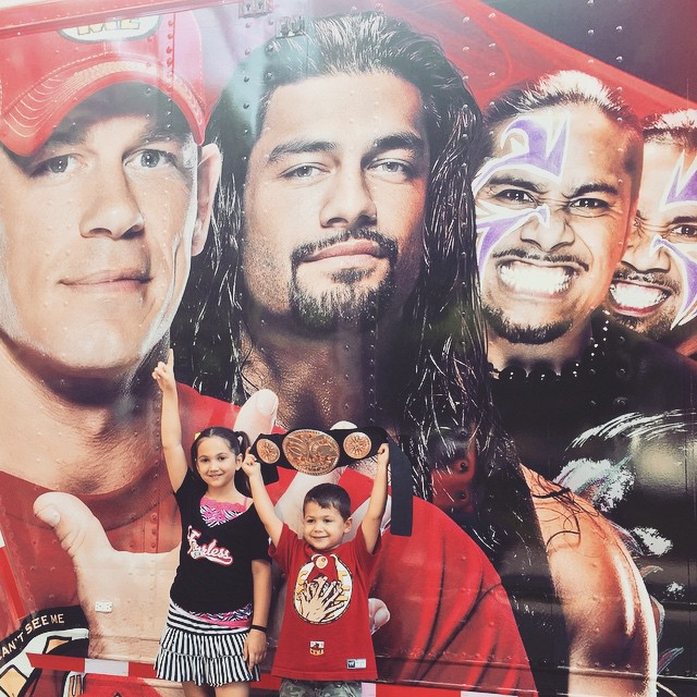 Gonna meet these guys for real one day!!! #Smackdown #WWE