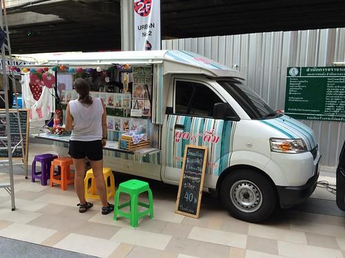 2015-05-01 Food truck BKK (19)