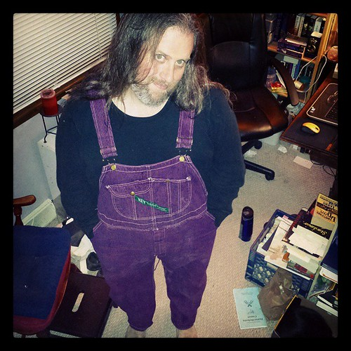 A friend gave me a nice compliment on my purple overalls yesterday. This made me happy. #overalls #Key #overdye