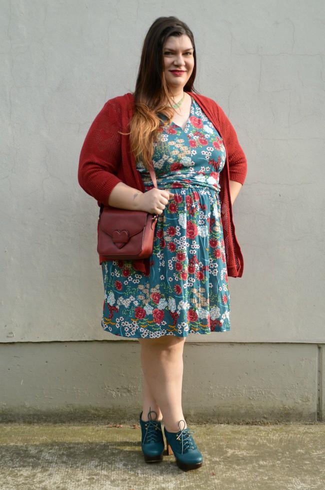Outfit giorato e rosso (3)