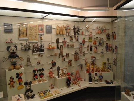 excursie de o zi din barcelona figueres muzeul de jucarii 4