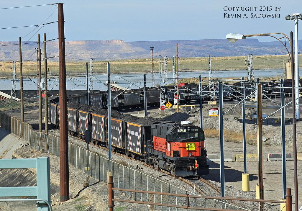 navajo mine railroad bhp navajo mine railroad trainset see flickr