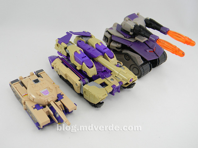 Transformers Blitzwing Voyager - Generations - modo tanque vs G1 vs Animated