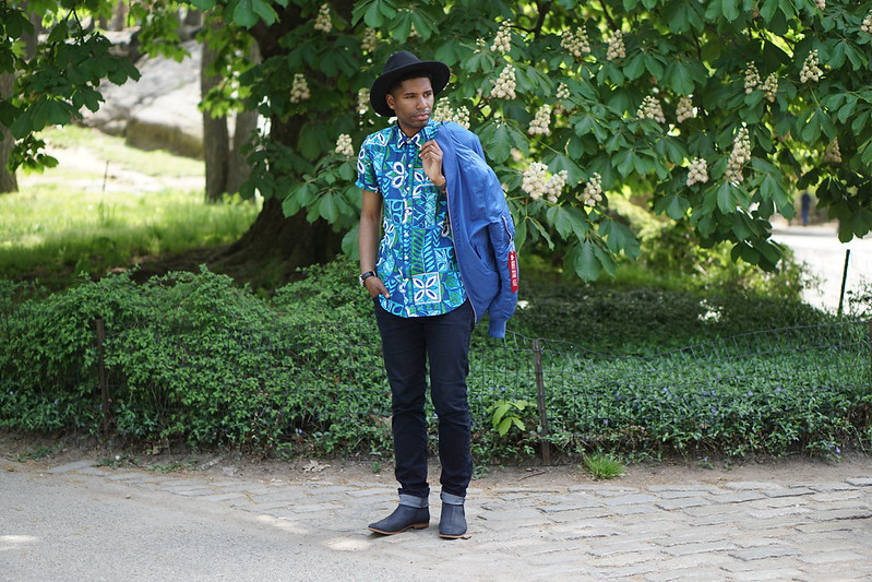 Blue and Green Floral Shirt w/ Wide Brim Hat