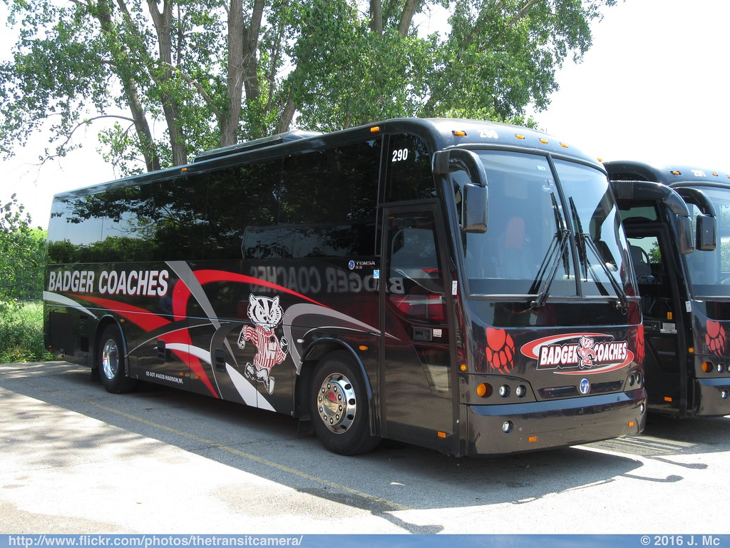 badger coaches 290 | operated by: badger bus lines, madison,… | flickr