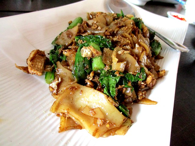 Flavours Thai Kitchen fried kway teow