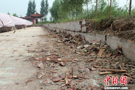 Baiyangdian, Hebei collapse caused 14 view Lotus Gallery visitors were injured, involved attractions closed