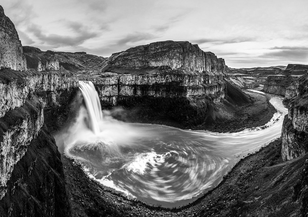 palouse falls black & white. washington. Last minute invit… | Flickr