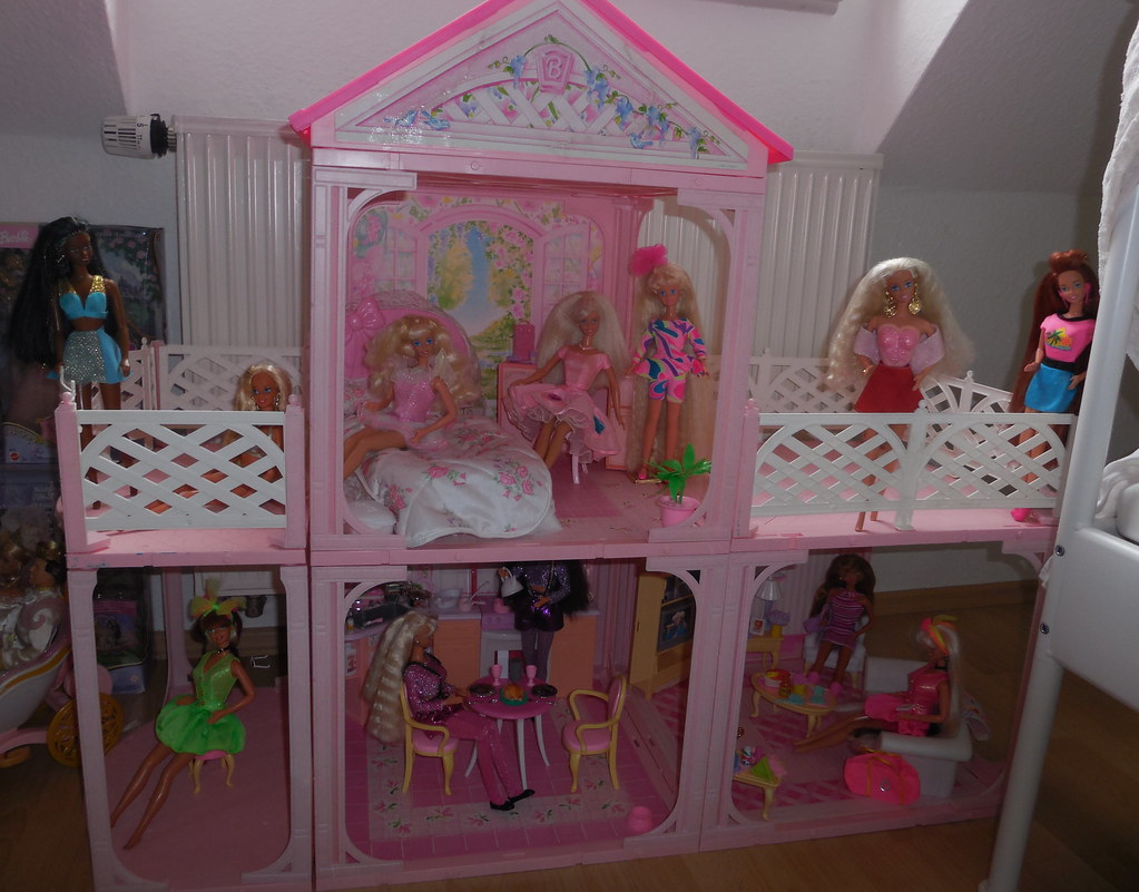 Barbie Pink N 39 Pretty House 1995 Omg One Of My Biggest