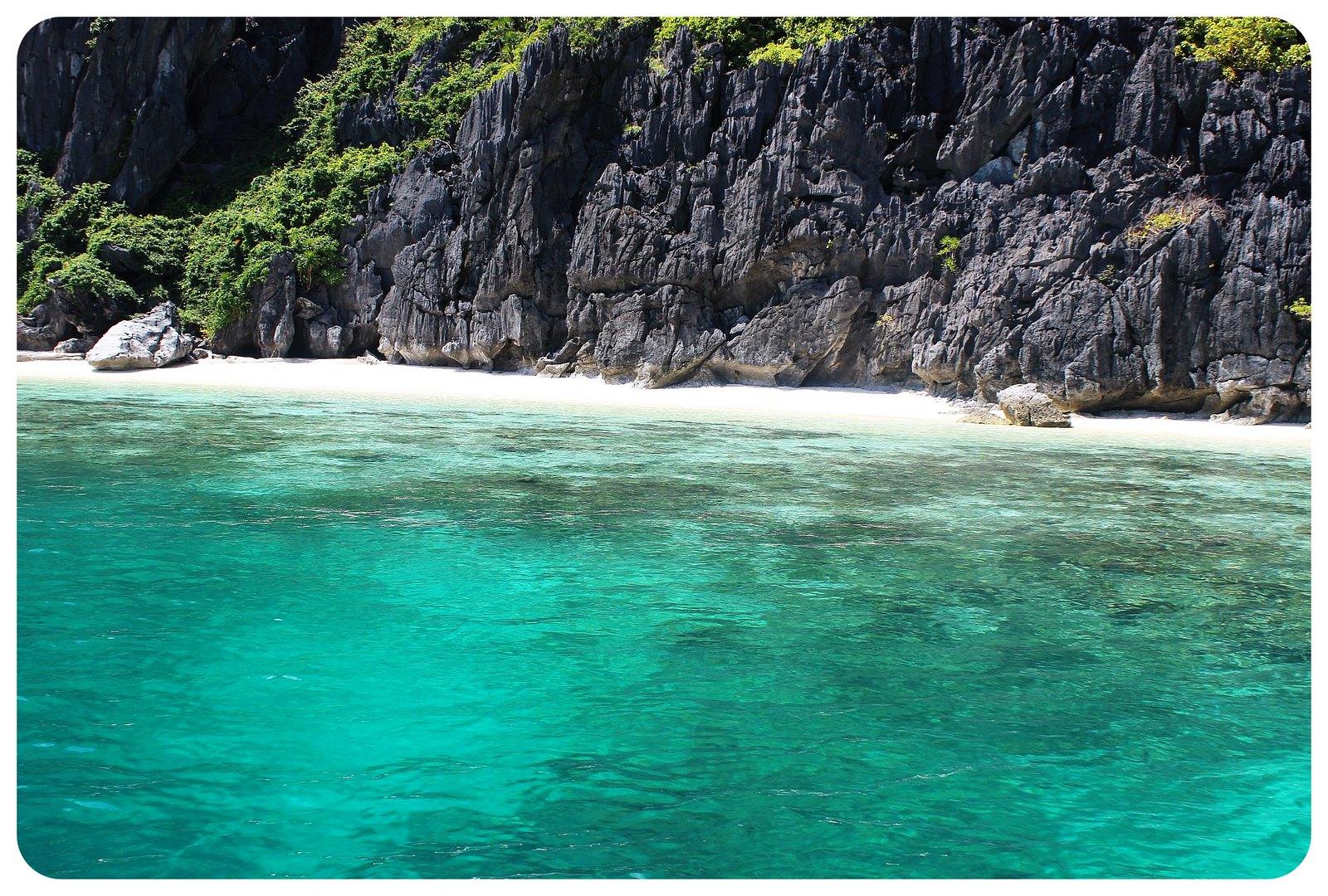 bacuit archipelago beach